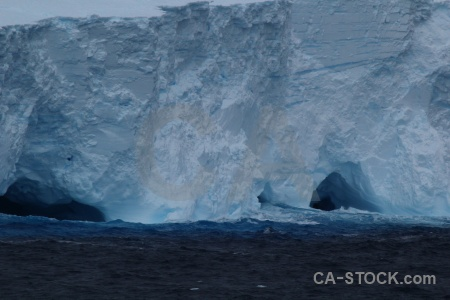 Drake passage iceberg day 4 water sea.