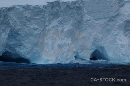Drake passage iceberg day 4 water sea.