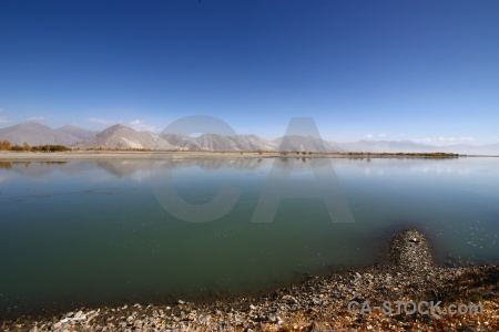 East asia yarlung tsangpo dry plateau friendship highway.