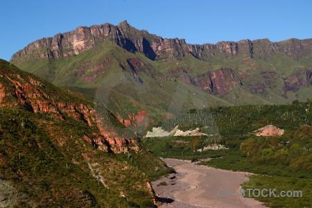 Escoipe salta tour 2 argentina mountain landscape.