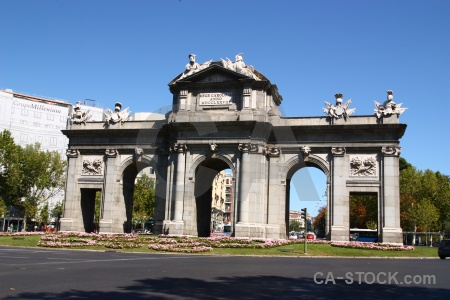 Europe spain plaza independencia madrid archway.