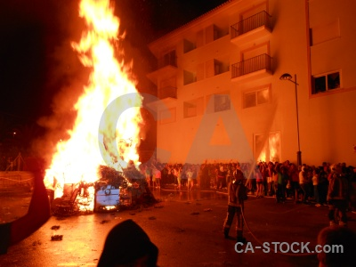 Fiesta building fire javea flame.