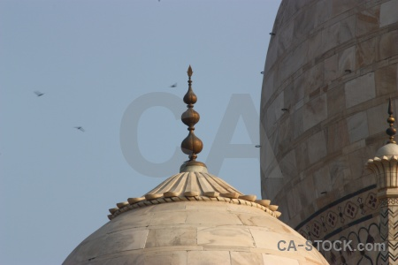 Finial sky india shah jahan dome.