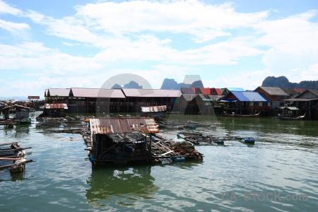 Floating ko panyi island boat cloud.