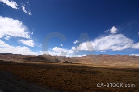 Friendship highway china tibet desert arid.