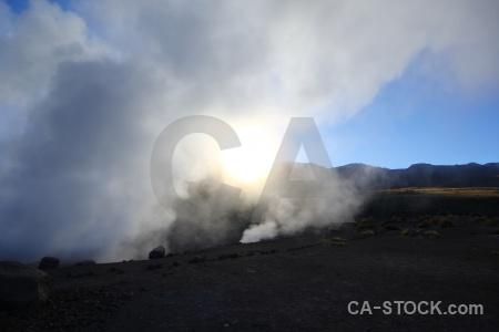 Geyser sky chile steam el tatio.
