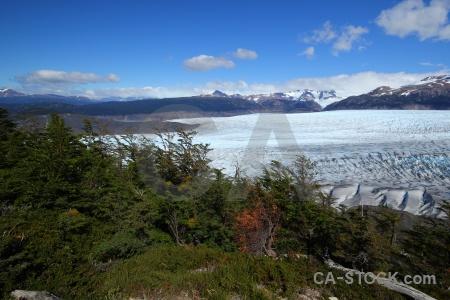 Glacier landscape south america circuit trek snowcap.