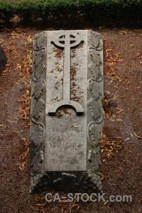 Grave cemetery statue brown.