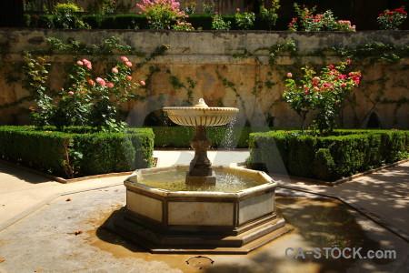 Green garden fortress alhambra granada.