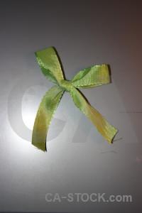 Green object ribbon gray.