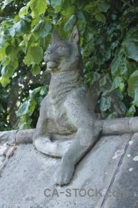 Green statue animal.