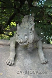 Green statue animal gray.