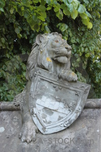 Green statue animal tiger.