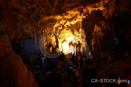 Ha long bay cave person vietnam sung sot.