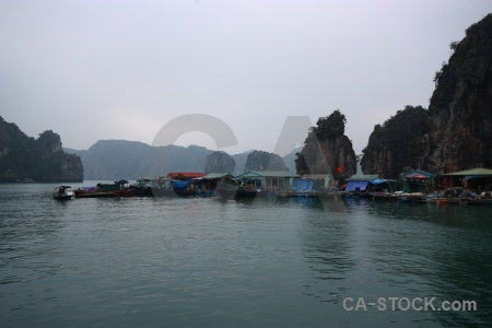 Ha long bay cliff unesco vinh ha island.
