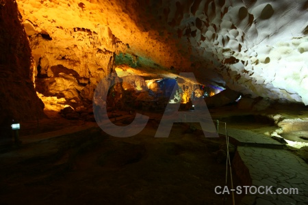 Ha long bay stalactite unesco cave stalagmite.