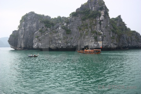 Ha long bay water unesco vehicle cliff.