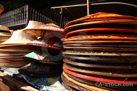 Hat ton khem thailand floating market.