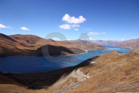 Himalayan asia pass yamdrok yumtso yamzho yumco.