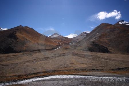 Himalayan cloud arid kora la sky.