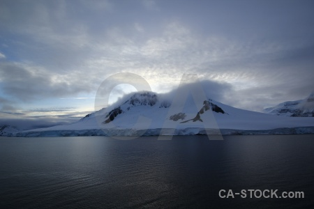 Ice snowcap south pole cloud day 10.