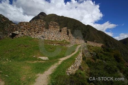 Inca willkaraqay ruin altitude grass.