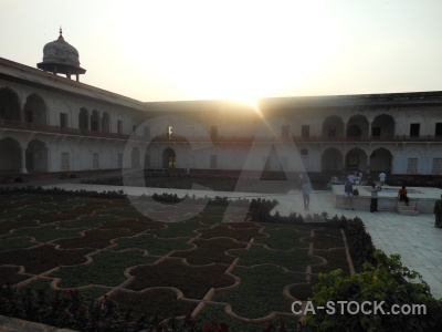India palace fort jahangir sky.