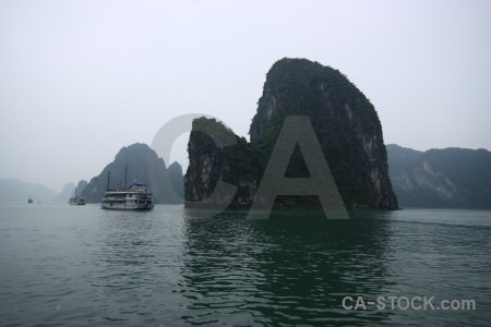 Island vinh ha long limestone mountain vietnam.