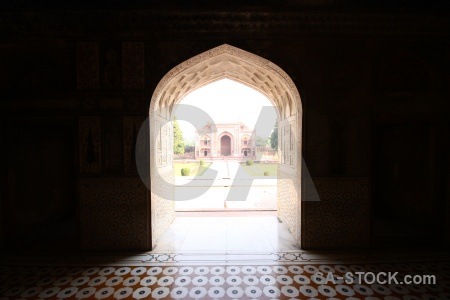 Itimad ud daulah agra marble asia inside.