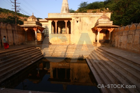 Jaipur water hindu pillar pool.