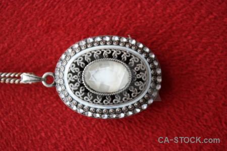 Jewellry object red.