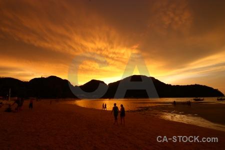 Ko phi don sunrise island lohdalum bay sunset.