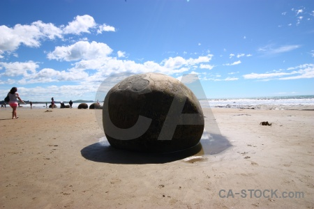 Koekohe beach moeraki boulders new zealand south island round.