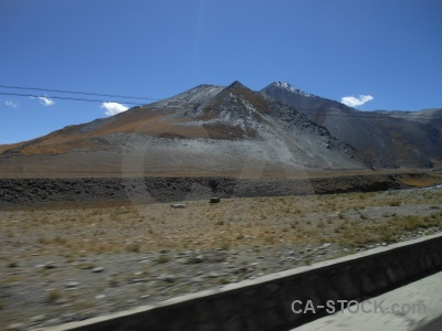 Kora la desert friendship highway china mountain.