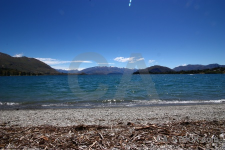 Lake wanaka sky shore new zealand south island.