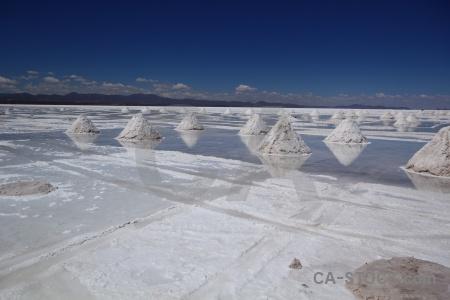 Landscape andes salar de uyuni south america pyramid.