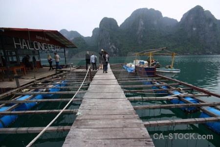 Limestone sea pearl farm vinh ha long bay.