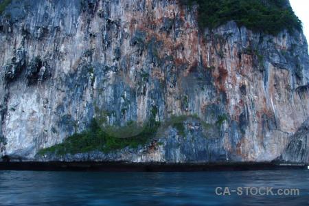 Limestone tropical rock phi island ko ley.
