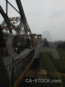Long bien bridge hanoi asia beam track.