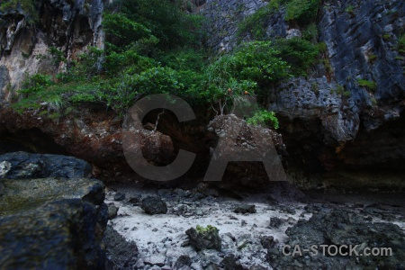 Maya bay ko phi leh the island sand southeast asia.