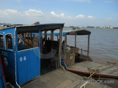Mekong river vehicle sky con thoi son boat.