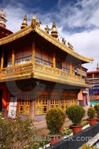 Monastery sky qokang tibet buddhism.