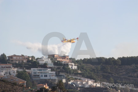 Montgo fire airplane europe firefighting spain.