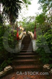 Mount phousi mount phou si laos wat prabang phoutthalawanh buddhist.
