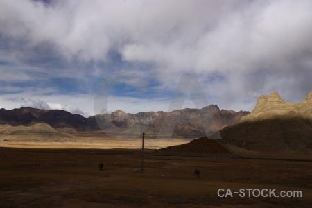 Mountain himalayan arid sky china.