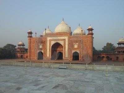 Mughal dome archway ustad ahmad lahauri agra.