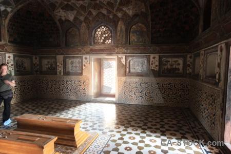 Mughal south asia baby taj itimad ud daulah tile.