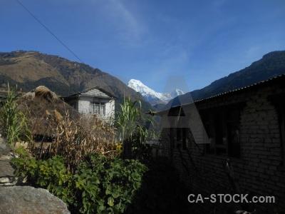 Nepal sky building ulleri snow.