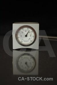 Object black clock.