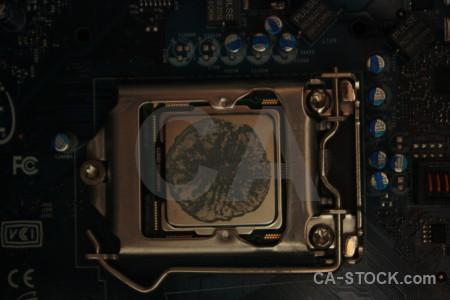 Object circuit black computer.